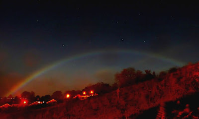fenomena alam, pelangi bulan purnama