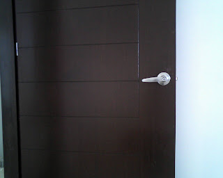 Tektonar puerta minimalista para interior for Puertas de madera para interiores minimalistas