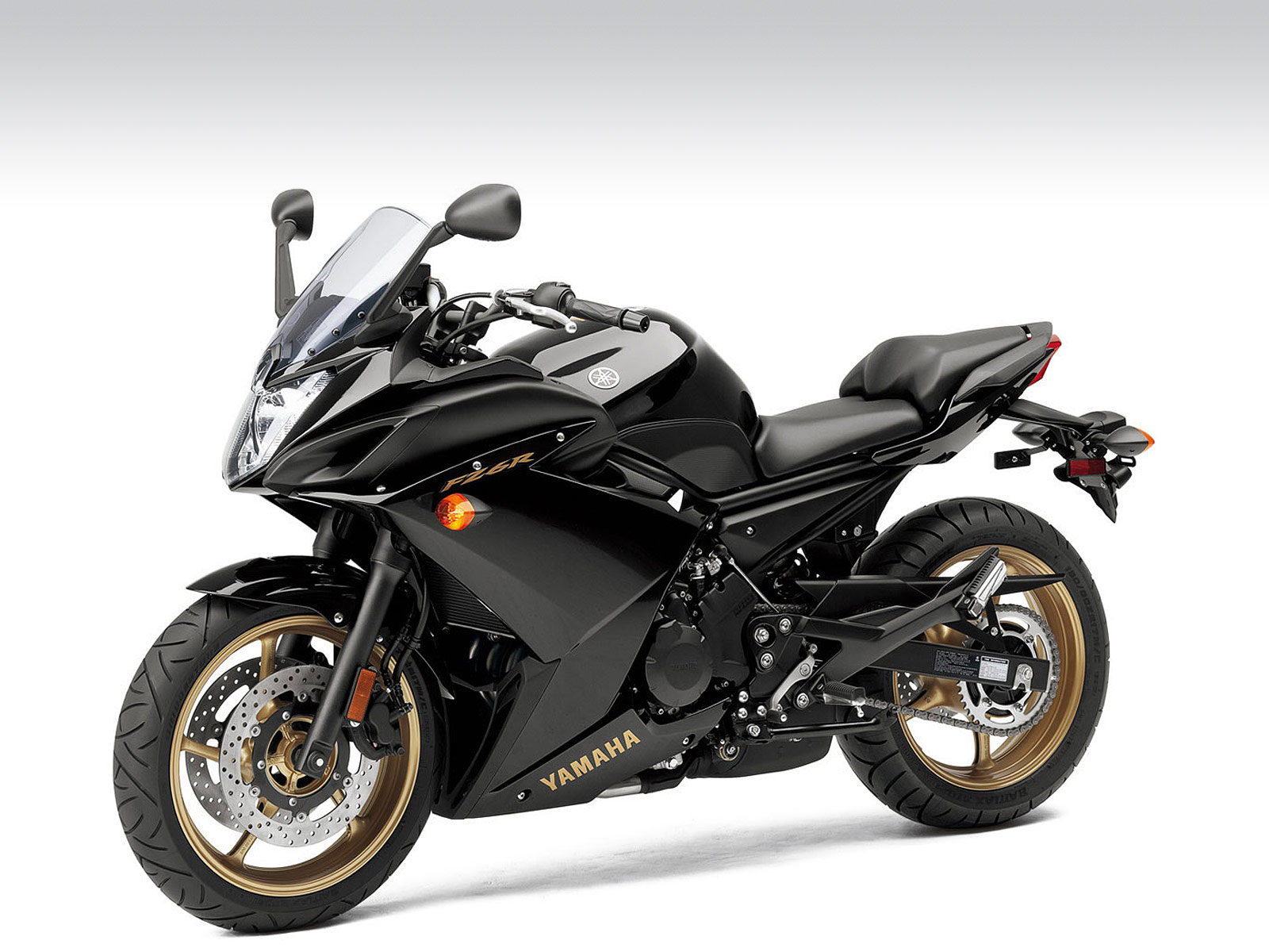 2010 FZ6R YAMAHA pictures and specs