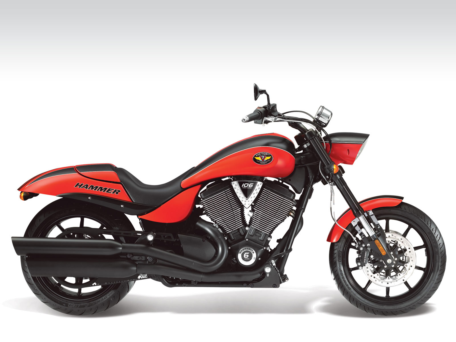 2011 VICTORY Hammer S motorcycle wallpaper