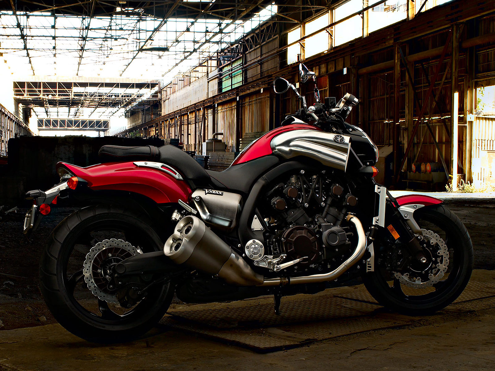 2011 YAMAHA VMAX VMX17 Pictures  Accident Lawyers Info