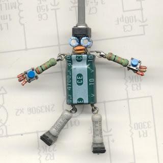 boneco feito con compoñentes electronicas