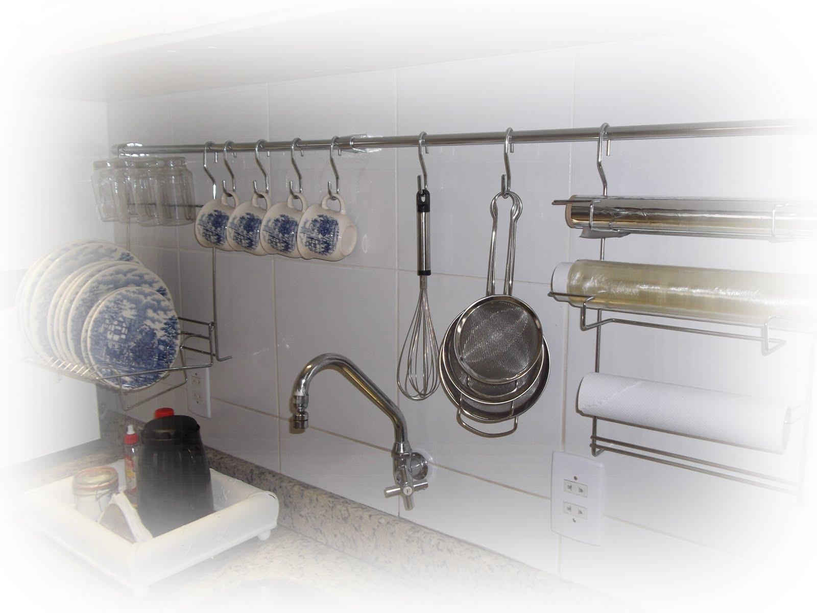 garante a cozinha uma praticidade a mais. #494C5C 1600 1200