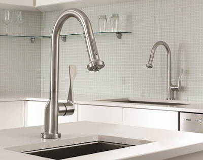 One-handled kitchen faucet