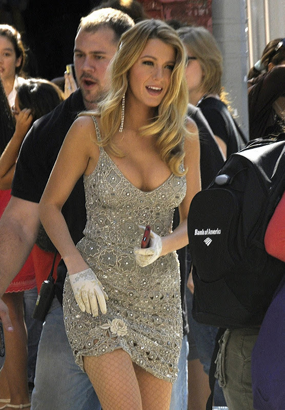 Blake Lively Got Hot Cleavage