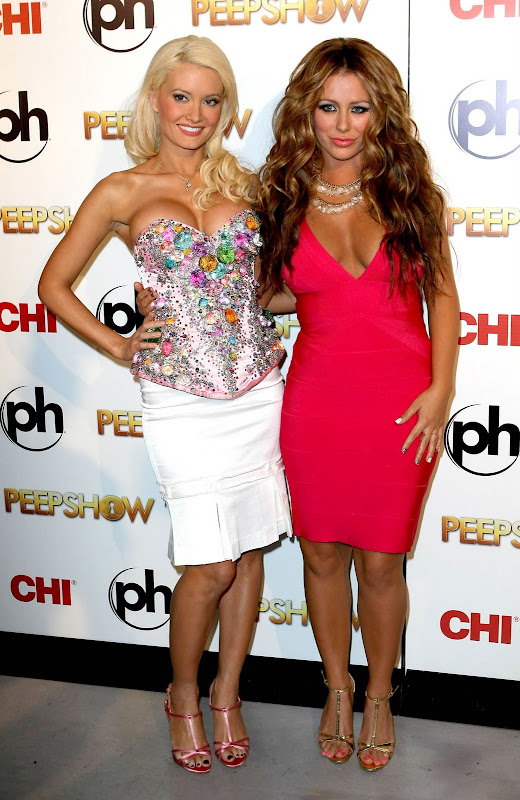 Holly Madison And Aubrey O'Day Lounch Of Peepshow
