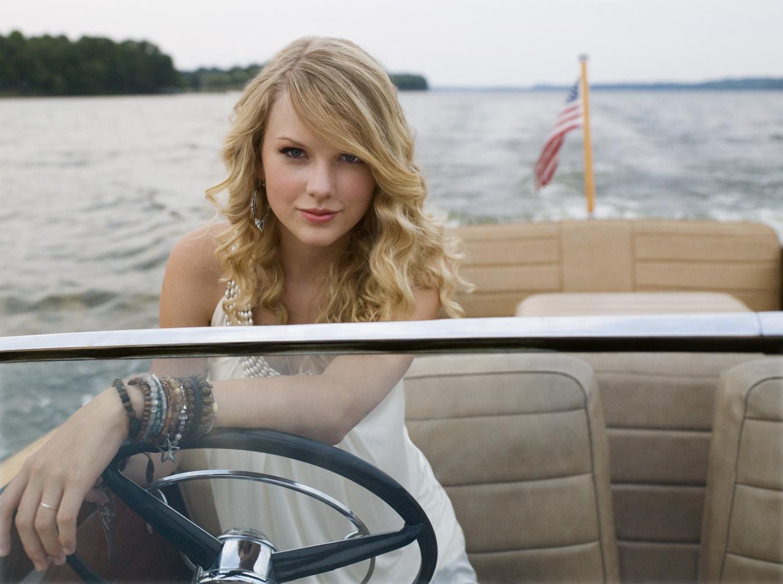 http://3.bp.blogspot.com/_jcLmI_ZzqII/TQtZGMe8P7I/AAAAAAAAATo/uxbpsSvExYc/s1600/Taylor+swift+6.jpg