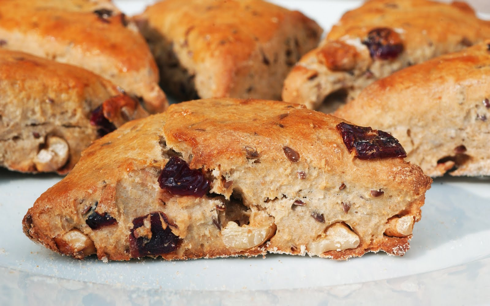 Anja's Food 4 Thought: Really Healthy Cranberry Walnut Scones