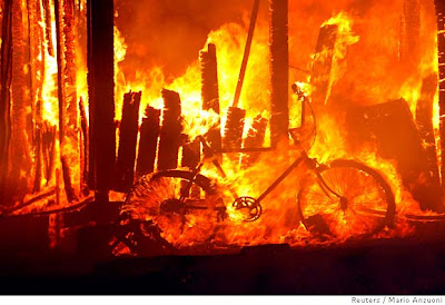 Image of bicycle burning in San Diego area fire of 2007