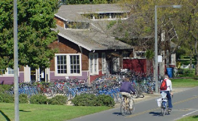 Image of Bike Barn at UC Davis
