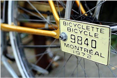 Image of bicycle in Montreal