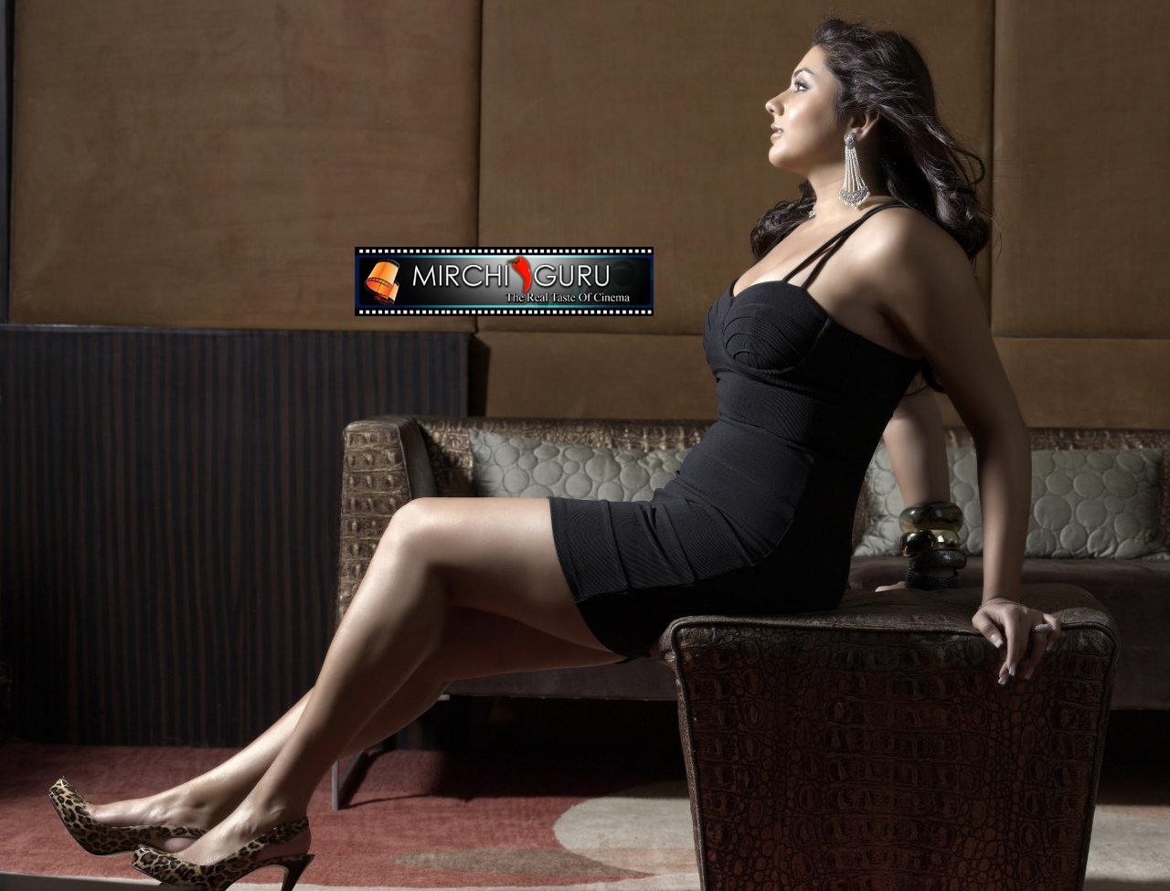 http://3.bp.blogspot.com/_jdnlGz1uv74/TKAvAqHkU5I/AAAAAAAAACw/rcOJ9C21fKE/s1600/namitha_photo_shoot_wallpapers_08+copy.jpg