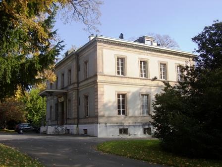 Avant de la maison Moynier , coté rue de Lausanne