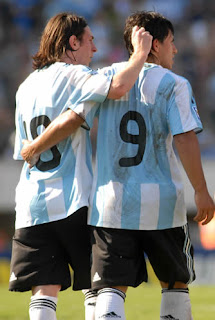 Sensational Lavezzi Volley Lifts Argentina Over Australia