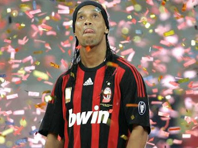 Milan magician Ronaldinho has returned from the Beijing Olympics with a bronze medal and he has now turned his attentions to silverware as he insists upon the Scudetto.