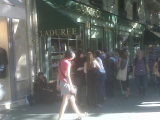 Laduree Store, Rue Royale, 75008 Paris