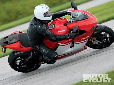 Driving Test Ducati 1098R