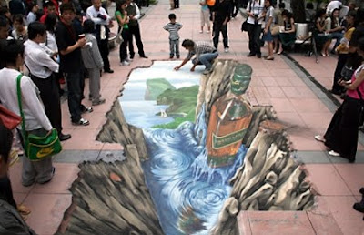street art of creating illusion