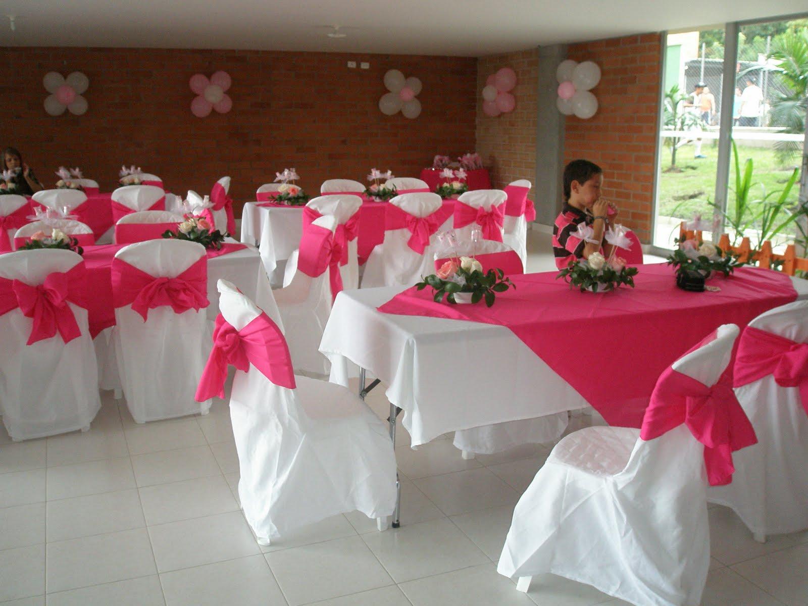 Manteles y forros para sus fiestas - Imagenes de mesas con manteles ...