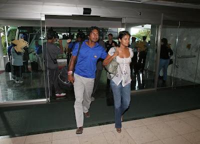 Sri Lankan cricketer Kumar Sangakkara's wife Yehali's pictures in pink lingerie found on debonairblog...