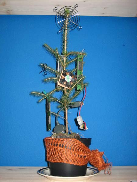 Ratcatcher entertainment worst christmas tree ever - Sapin de noel humour ...
