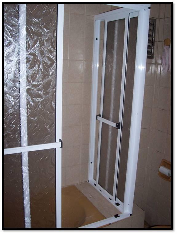 Aluminios y maderas wk mamparas para ba o - Mamparas de aluminio ...