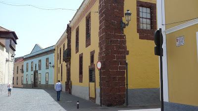 La Laguna-miasto kolorów i słońca/La Laguna-city of colors and sun