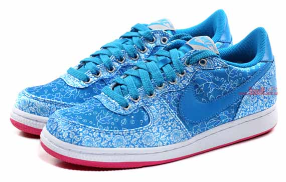 shoes nike wmns qi pao pack. Black Bedroom Furniture Sets. Home Design Ideas