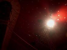 Os focos de luzes, apenas os focos de luzes...