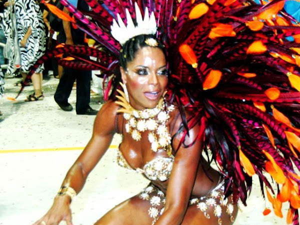 Hot Girls from Brazilian Carnival 2010