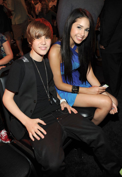 justin bieber jasmine villegas and selena gomez. Justin Bieber, who is 16 years