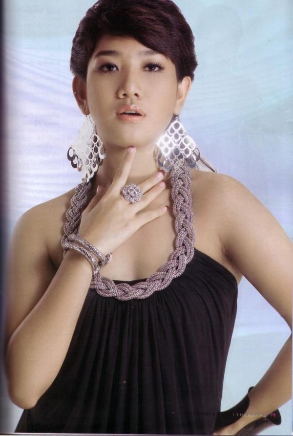 Thazin Photos @ Myanmar-Model.Com