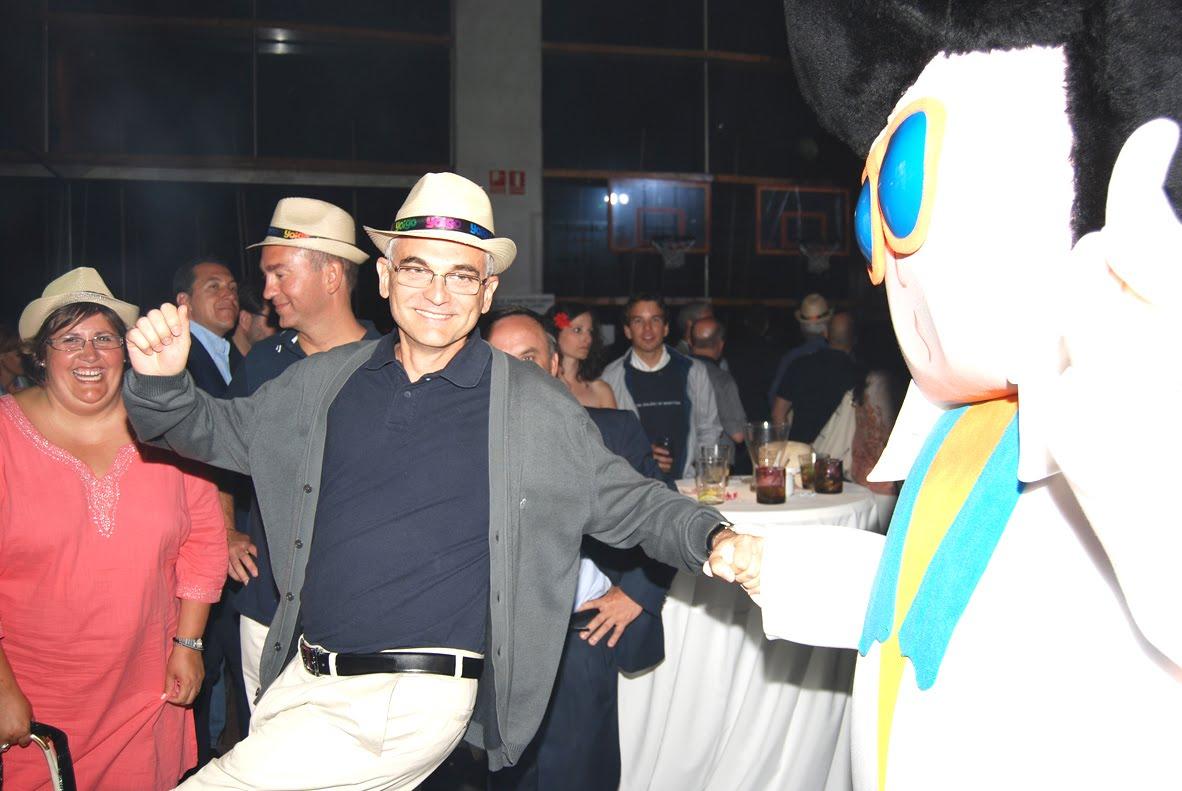 By quintaesencia escenario evento yoigo quintaesencia for Oficinas yoigo