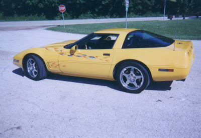 1995 Chevrolet Corvette Yellow