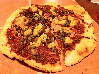 Vegan personal pie at Hanalei Pizza