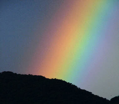 arco-íris noturno, foto de Dulcidio Braz Jr