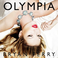 Olympia traz a supermodelo Kate Moss na capa