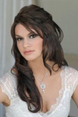 http://3.bp.blogspot.com/_jvFjLBNfdLg/S8Z3djVEKCI/AAAAAAAAAnQ/rASR8HXNE0I/s1600/peinado+de+novia+largo+3.jpg