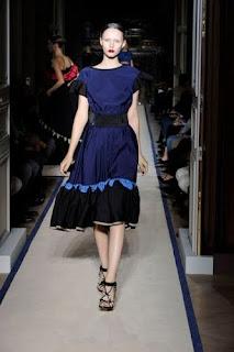 Mode im Sommer 2013 von Yves Saint Laurent