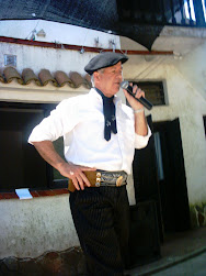 NOS VISITO EL RECITADOR SR. ROBERTO MINJOLOU