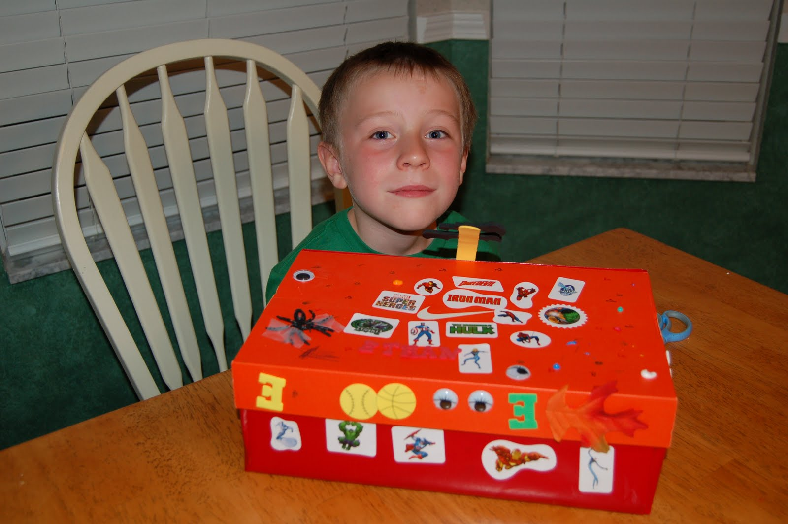 The Moores Six: Just a couple weeks in Kindergarten...