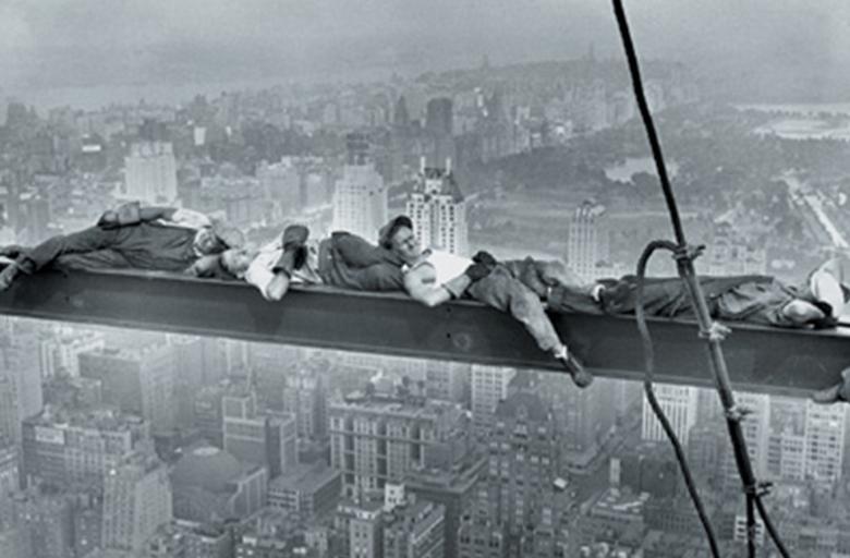 http://3.bp.blogspot.com/_jwm3GiJV0Do/TSRYIc8ggnI/AAAAAAAACOs/FEnDxtZxQIs/s1600/rascacielos2.JPG