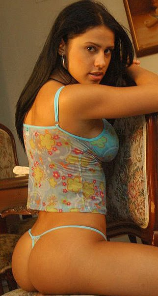 This blog has selena spice girl with the sexiest ass hot videos and other ...