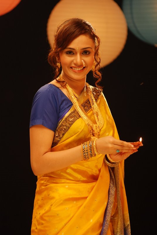 marathi wallpapers. Marathi-actress-wallpapers-