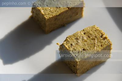 Pastel de grelos con chourizos ó Ribeiro
