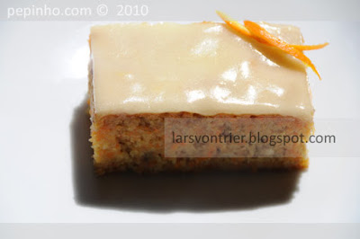 Pastel de zanahoria y naranja