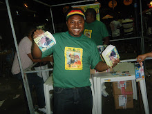 EDVAN MARLEY VENDENDO CD DE DUB BROWN & SLY FOXX NO CIDADE DO REGGAE