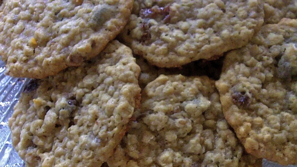 Boiled raisin oatmeal cookies recipe