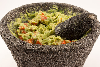 Easy Guacamole Recipe from Enticing Entertaining