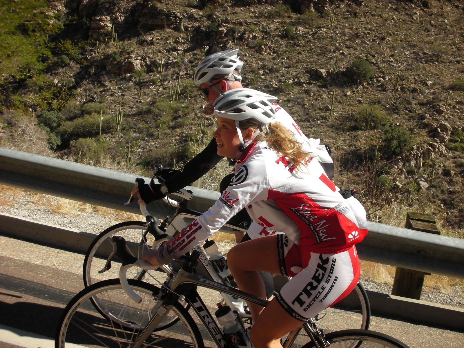 [Emily+Batty+Profile+Bike]
